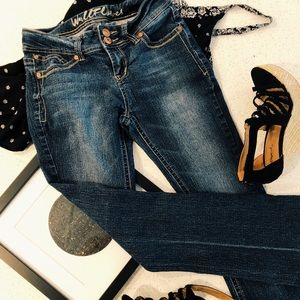 Wallflower bootcut jeans